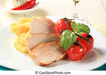Chicken breast and mashed potato - Slices of roasted chicken...