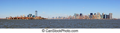 New Jersey and New York City Manhattan skyline panorama -...