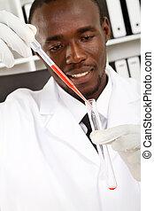 maschio, scienziato, esperimento