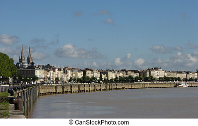 Bordeaux Quay - Embankment of the river Garonne in Bordeaux....