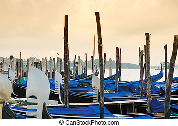 Gondola of Venice Italy - Some pictures of the real typical...