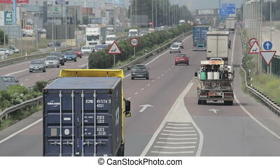 Traffic in Valenica, Spain - Traffic in Valencia, Spain