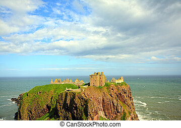 Dunnottar Castle, Stonehaven, Scotland, UK