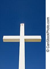 Um, religiosas, crucifixos