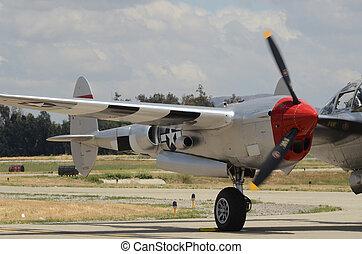 Engine Warm up - P 38 engine warm up