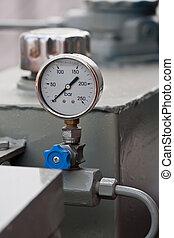 Pressure Gauge - Industrial pressure gauge