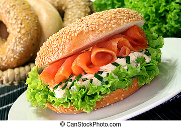 Bagel with smoked salmon, cream cheese and chives