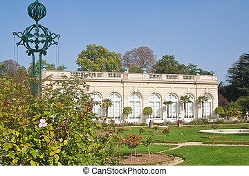Park Bagatelle Parc de Bagatelle in the Bois de Boulogne in...