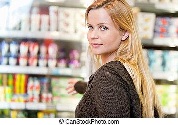lebensmittelgeschäft, frau, kaufmannsladen