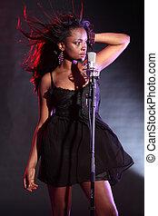 Sexy, africano, norteamericano, niña, canto, etapa