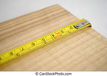 Measuring lenght of wood - Measuring the lenght of a plank...