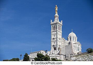 Notre-Dame-de-la-Garde - Famous Notre-Dame-de-la-Garde on...