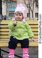 ילדה, יושב, ספסל