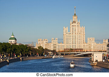 Stalin's empire on Kotelnicheskaya embankment in Moscow
