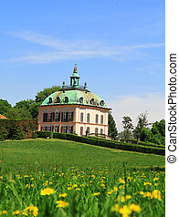 Schloss - Garden with green gras