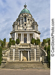 Ashton Memorial - Front view of the Ashton Memorial,...