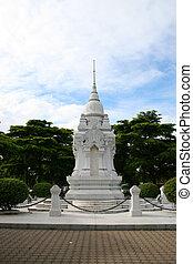 White Buddhist shrine, Thailand. - White Buddhist shrine,...