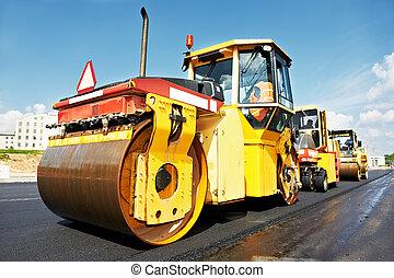 asphalt roller at work - Heavy tandem Vibration roller...
