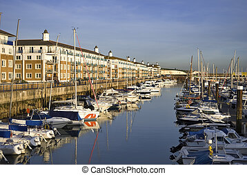 Luxury apartments, Brighton Marina - Luxury apartments at...