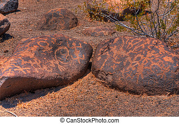 Ancient Arizona Indian petroglyphs - Hohokam Ancient Arizona...