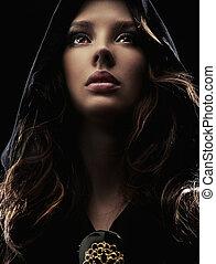 retrato, joven, mujer, capucha