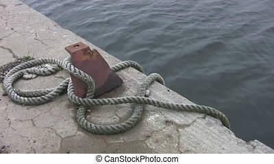 Industrial mooring post. - A heavy duty mooring post at in...