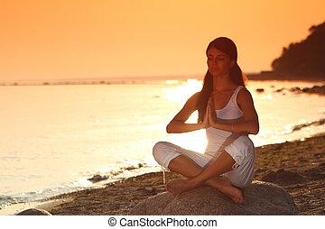 ocean yoga sunrise