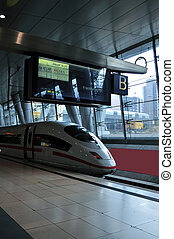 Intercity Express (ICE) train in Frankfurt am Main Station -...