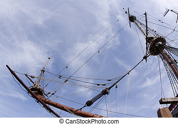 Reconstruction of the VOC ship The Batavia - Mast and crows...