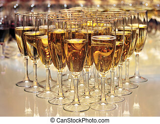 champagne, lunettes