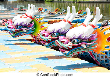 chinese dragon boat head