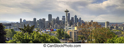 Downtown Seattle Skyline with Mount Rainier - Downtown...