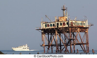 Old rescue rig - Most old central tower rescuers standing...