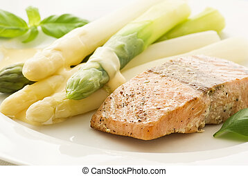 Asparagus with Wild Salmon
