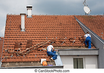 dois, homens, trabalhando, telhado