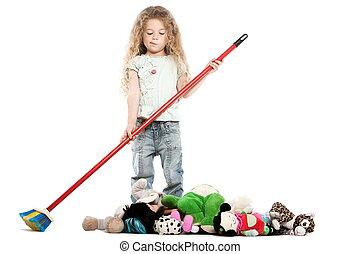 pequeno, menina, varrendo, brinquedos