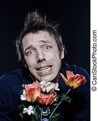 ENGRAÇADO, homem, Retrato, oferecendo, flores,...