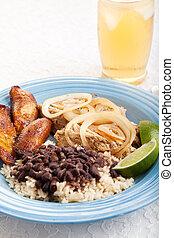 Cuban Dinner with Iced Tea