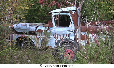 Abandoned pick-up truck. - Abandoned pick-up truck sits in...