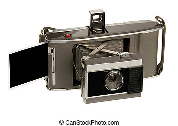Antique instand print camera - An early 1960s era instant...