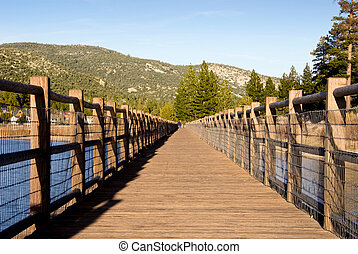 Big Bear Lake - A very low sun casts beautiful deep yellow...