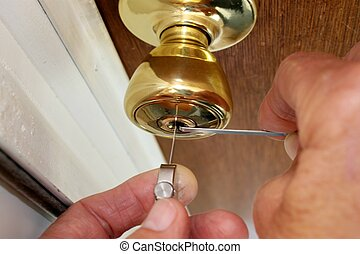 Locksmith Picking a Lock - I am a retired locksmith so I had...