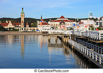 Pier in Sopot - Morning in the holiday resort of Sopot,...