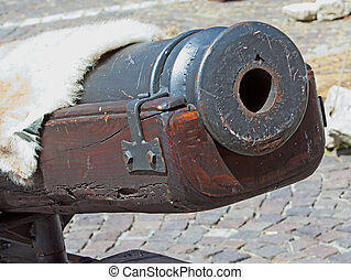 Cannon - Close up of mouth of an old cannon