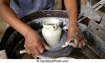 craftsman - African pottery