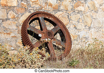 Castelvecchio old mining camp - Abandoned mining gear