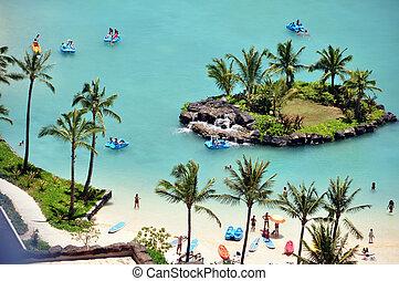 Hotel Lagoon, Waikiki - Lagoon with tourists at a Waikiki...