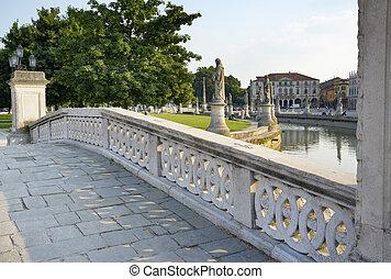 Prato della Valle - One of the best known symbols of italian...