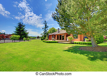 House on the horse farm with green landcape - Beautiful...