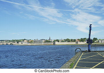 Berwick upon Tweed, river and city walls - river Tweed...
